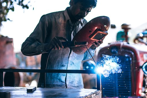 The Most Needed Services For Businesses Dealing With Steel